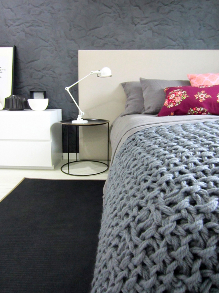 Makuuhuone neulepeitto