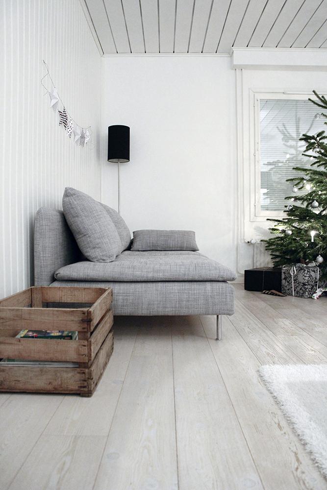 Joulukuusi_kotona_boksi