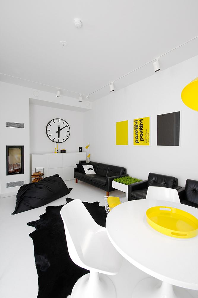 luck_keltainen_huone