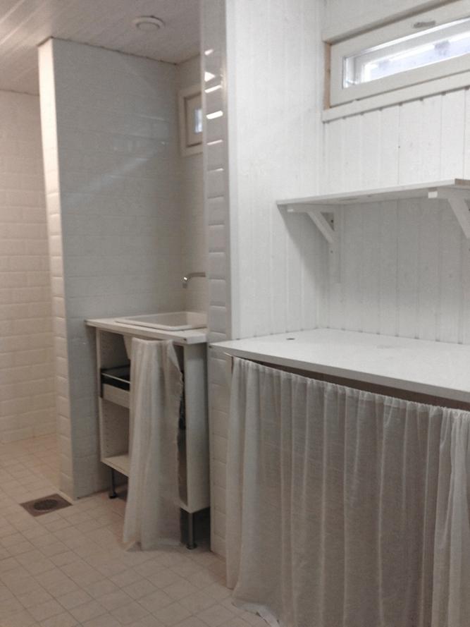 kylpyhuone_koko_ennen