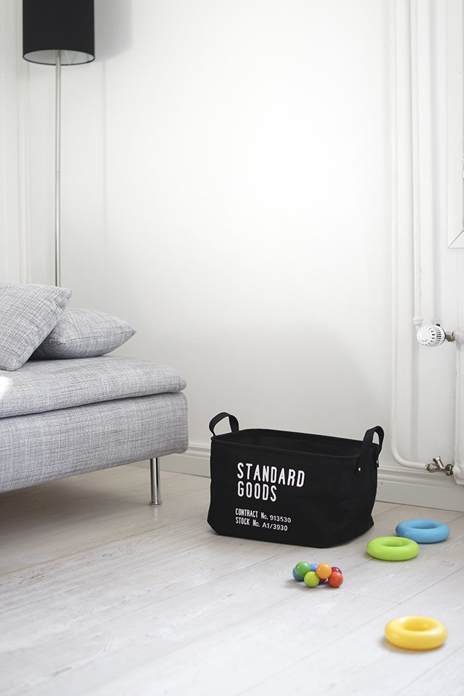 standard_goods_black