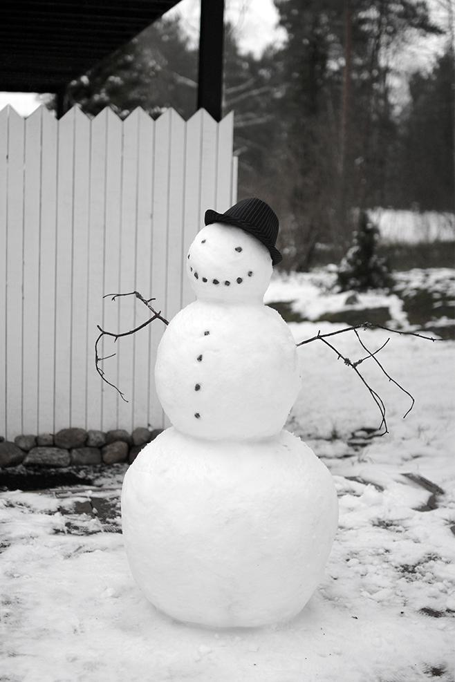 lumiukkoulkona