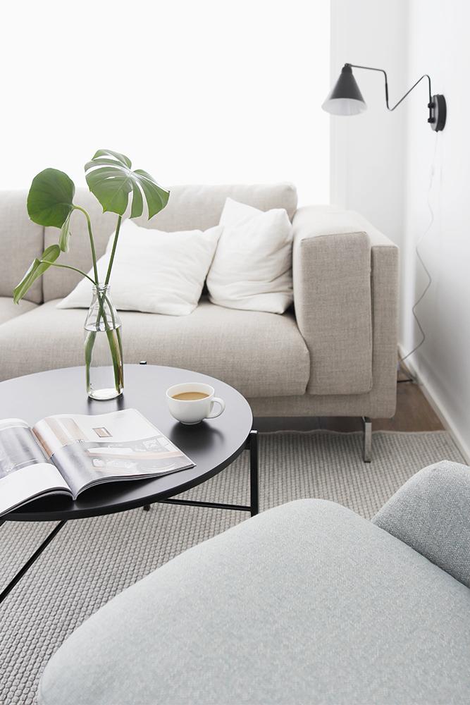 kahvia_sohvalla